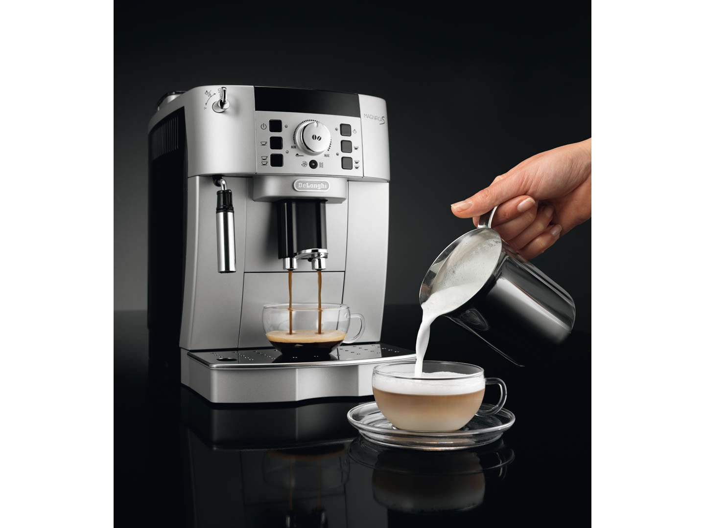 Magnifica S ECAM22110SB automatic coffee machine, espresso machine, Italian coffee machine