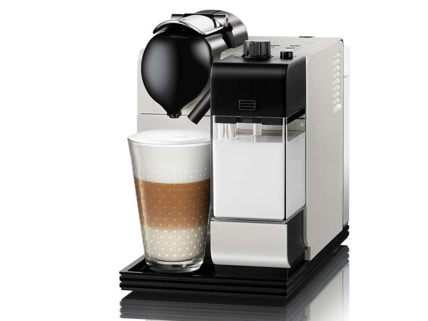 Limited Edition Nespresso Machine Lattissima+ EN 520.PW
