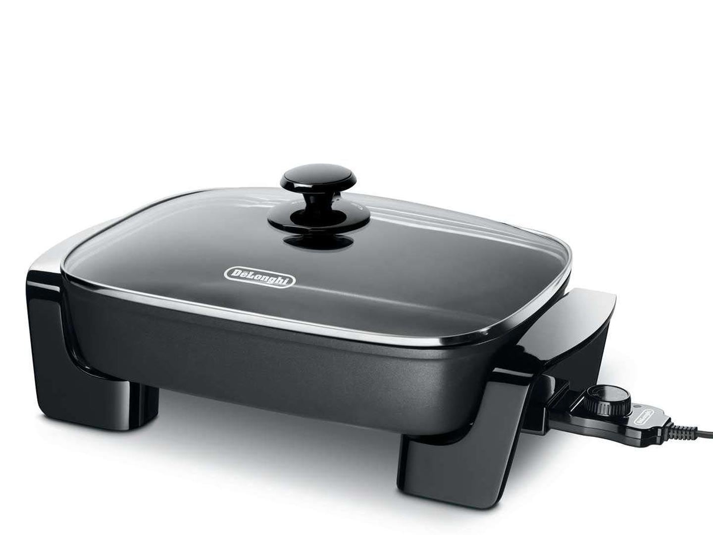 De\'Longhi Indoor Grill BG45 with large cooking surface