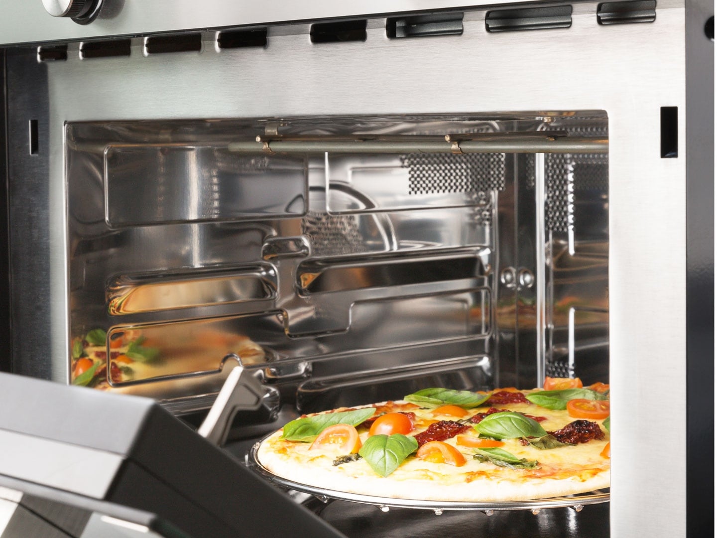 Key Features 60cm Compact Speed Oven With Microwave And