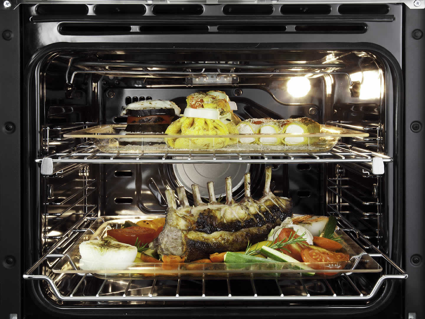 60cm 7 Function Pyrolytic Built-in Project Oven - DE607PSCP - Oven Cavity
