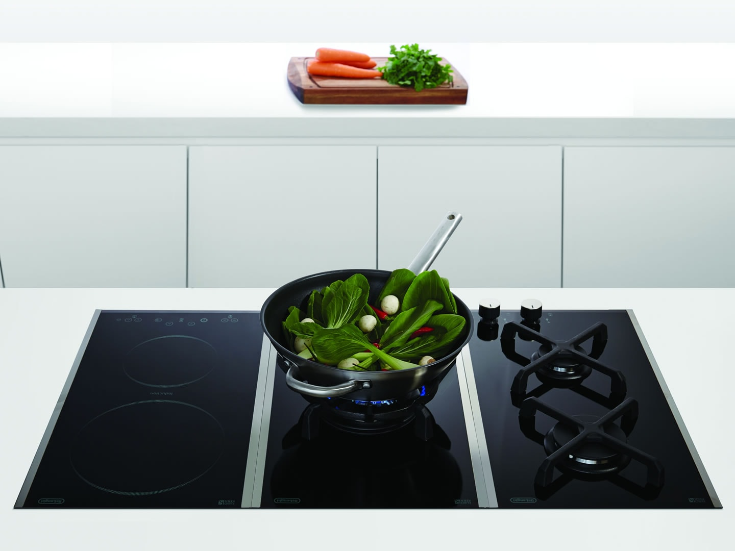 Domino 30cm Induction Cooktop - DE302IB - Lifestyle