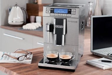 Cuisine appareils machine caf expresso delonghi magnifica and machine - Machine a cafe grain delonghi ...