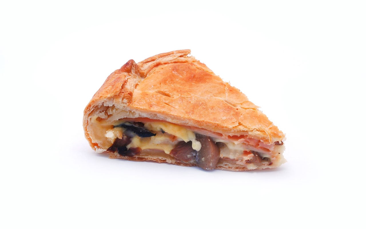Savoury pie with mushrooms