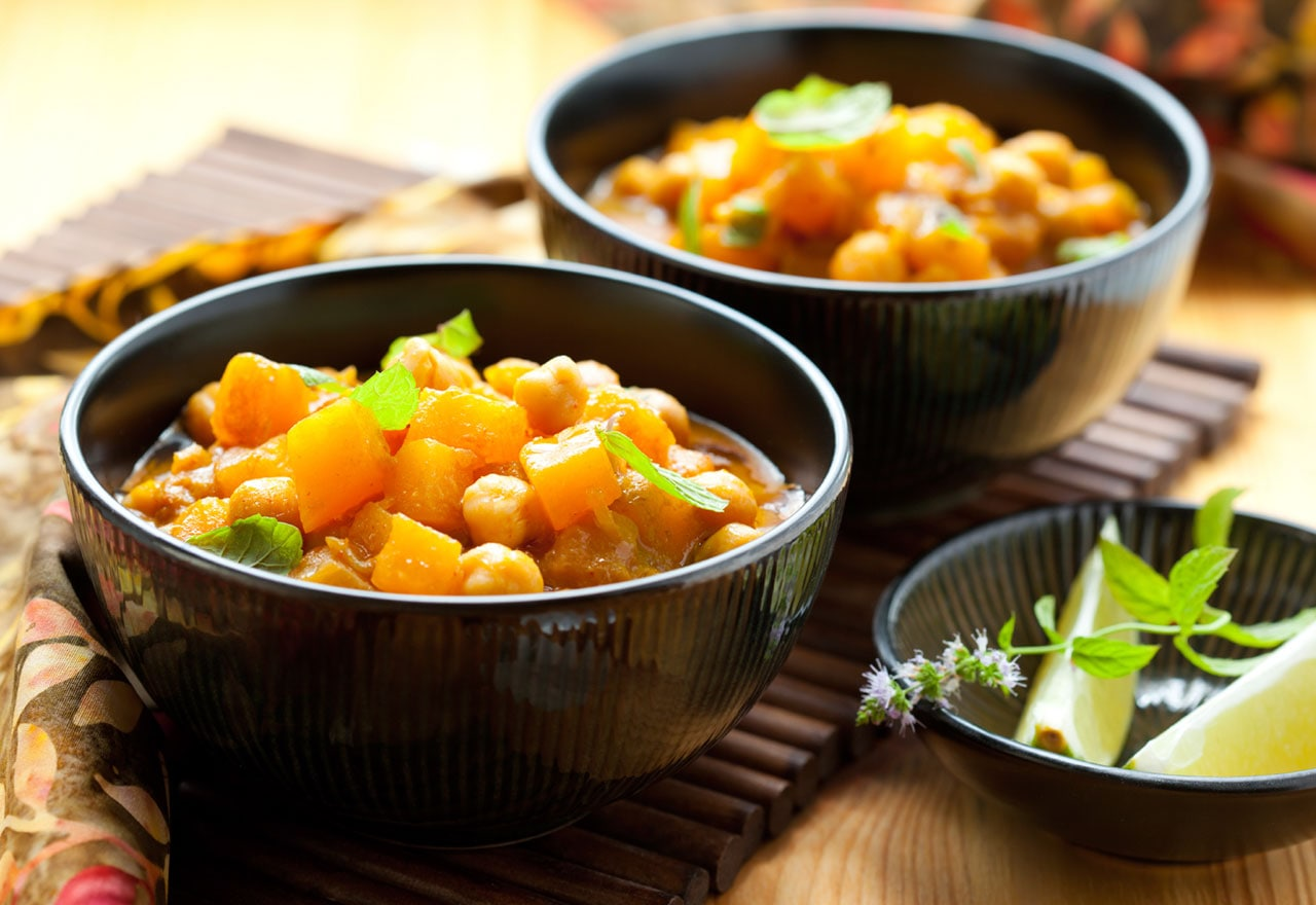 Vegetarian curry with squash and chick peas