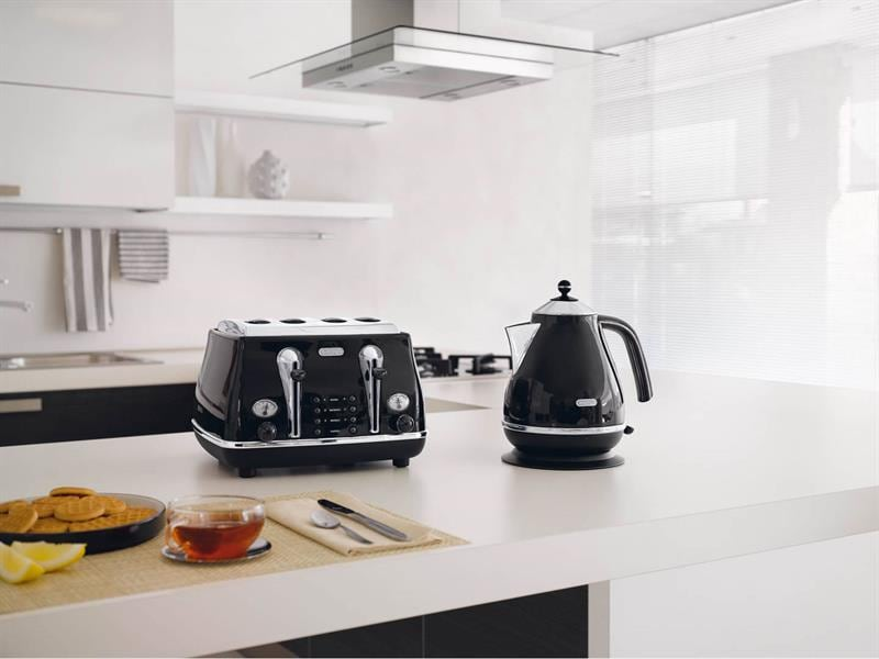 Icona 4 Slice Toaster - Black - CTO 4003.BK
