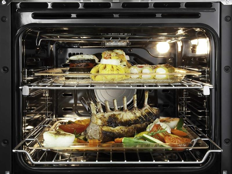60cm 7 Function Built In Lifestyle Oven DEL607M  Oven Cavity