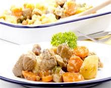 Diced turkey with ginger, apples and vegetables