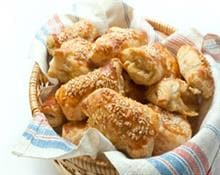 4-cheese puff pastries