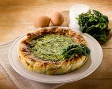 Savoury pie with cheese and spinach