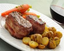 Filet mignon con patate novelle