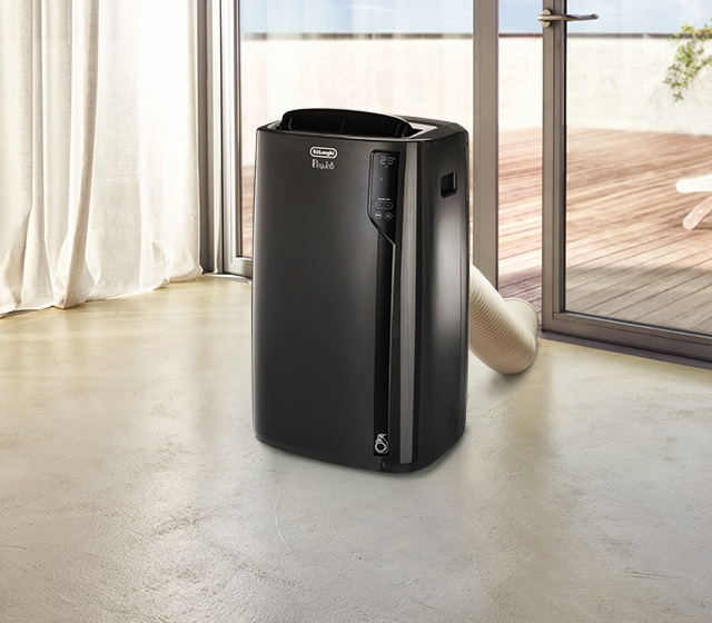eu_Channel-Comfort-CategoryMood_Portable-air-conditioner-PACEL112_desk_640x560.jpg