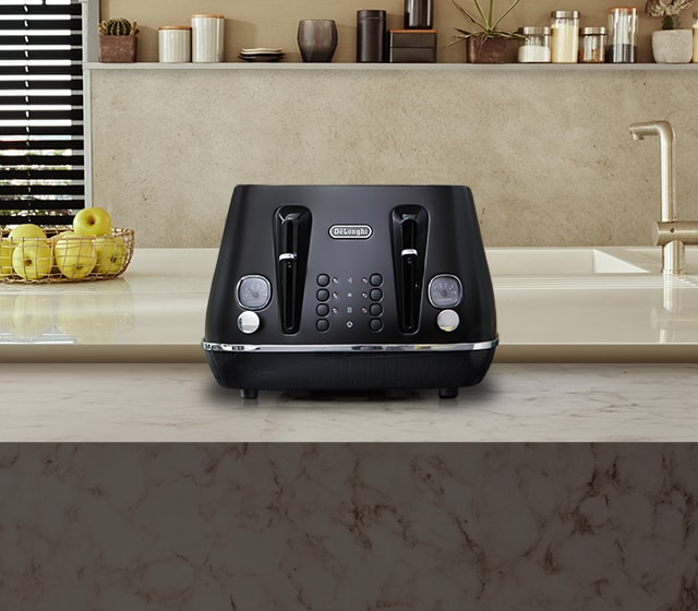 nz_Channel-kitchen-CategoryMood_toaster-CTIN4003.BK_desk.jpg